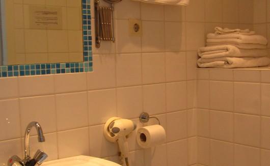 Kamer 6 badkamer
